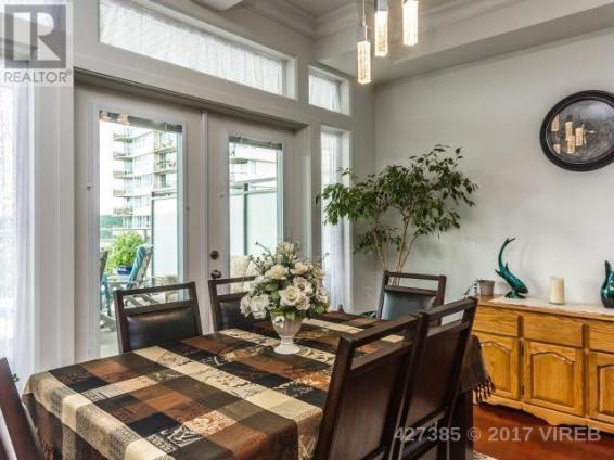 Aqua Residences 402 3