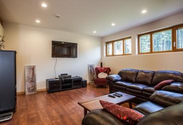 luxury revelstoke timber frame home 6