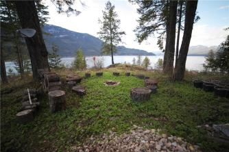 kootenay lake village luxury home 5