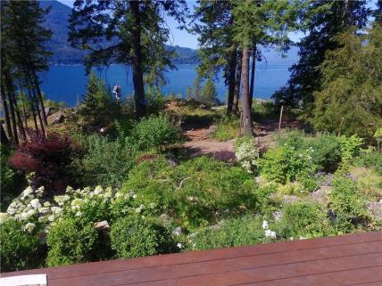 kootenay lake village luxury home 6