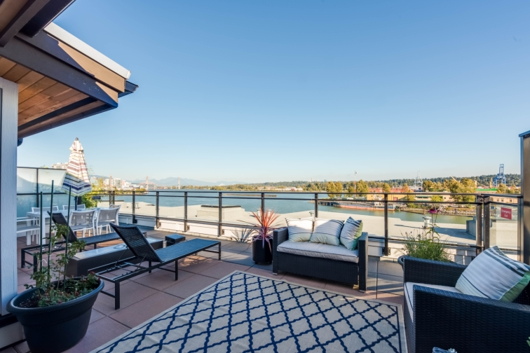 new westminster luxury loft penthouse 9