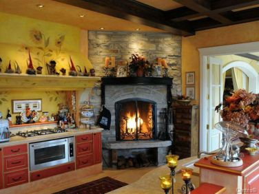 quebec chalet hot tub fireplace 7