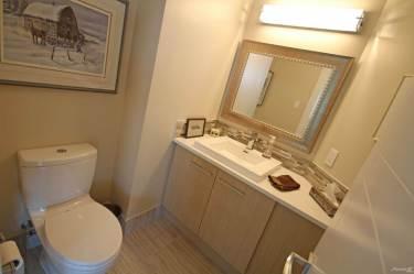 the pearl tower edmonton luxury 2 bedroom condo 9
