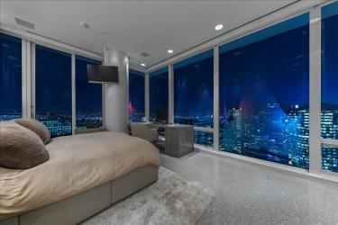 fairmont pacific rim penthouse 02 for sale 9
