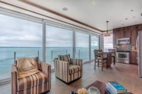 SookePoint Ocean Cottage Resort 4