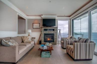 SookePoint Ocean Cottage Resort 6