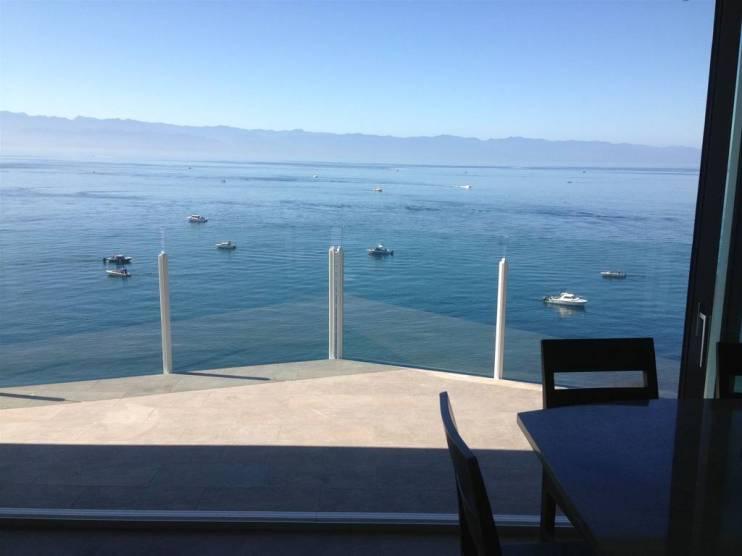 SookePoint Ocean Cottage Resort 8