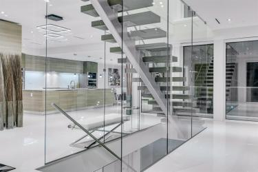 glass staircase 1