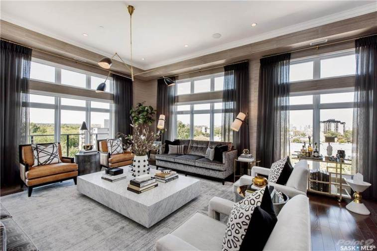 Saskatoon Penthouse In LUXE Broadway 2