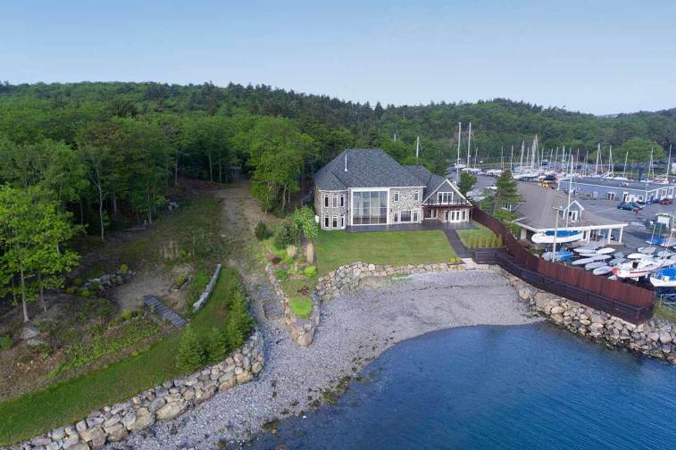 382 Purcells Cove Rd Halifax 5