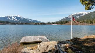 8997 trudy's landing whistler green lake 3