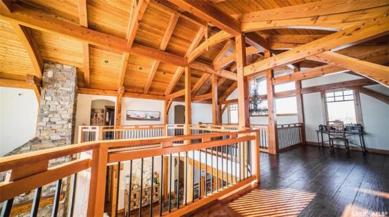 timber frame luxury home saskatchewan 10