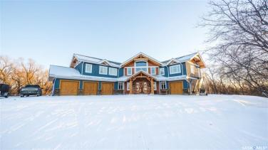 timber frame luxury home saskatchewan 2