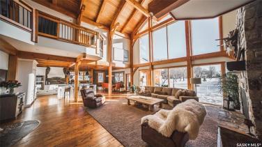timber frame luxury home saskatchewan 3