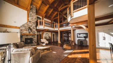 timber frame luxury home saskatchewan 4