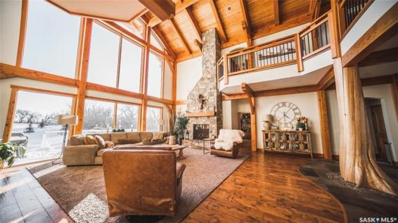 timber frame luxury home saskatchewan 5
