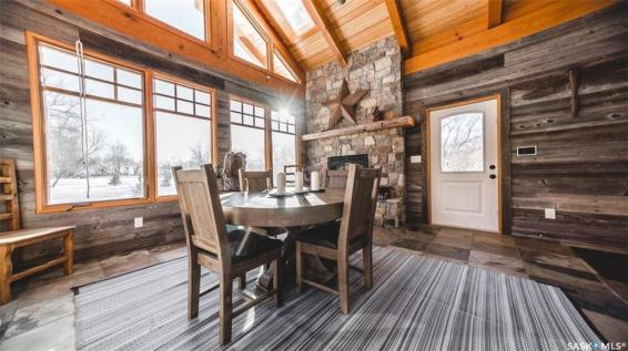 timber frame luxury home saskatchewan 7