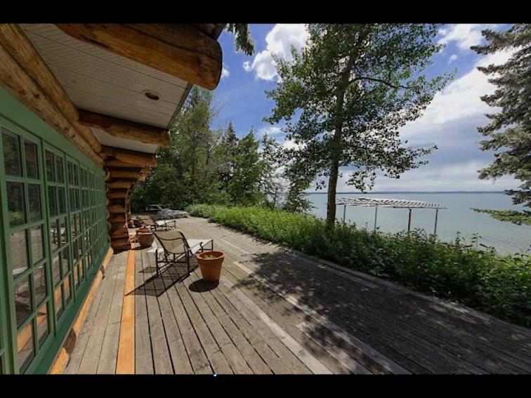 67 silver beach alberta log cabin 1