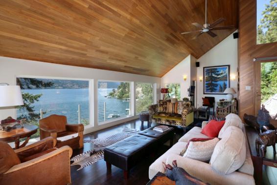 okanagan lakefront luxury home 12