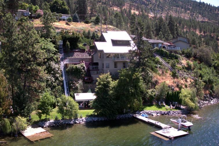 okanagan lakefront luxury home 2