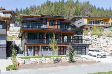 luxury contemporary squamish home for sale 1