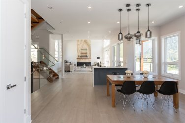 luxury contemporary squamish home for sale 4