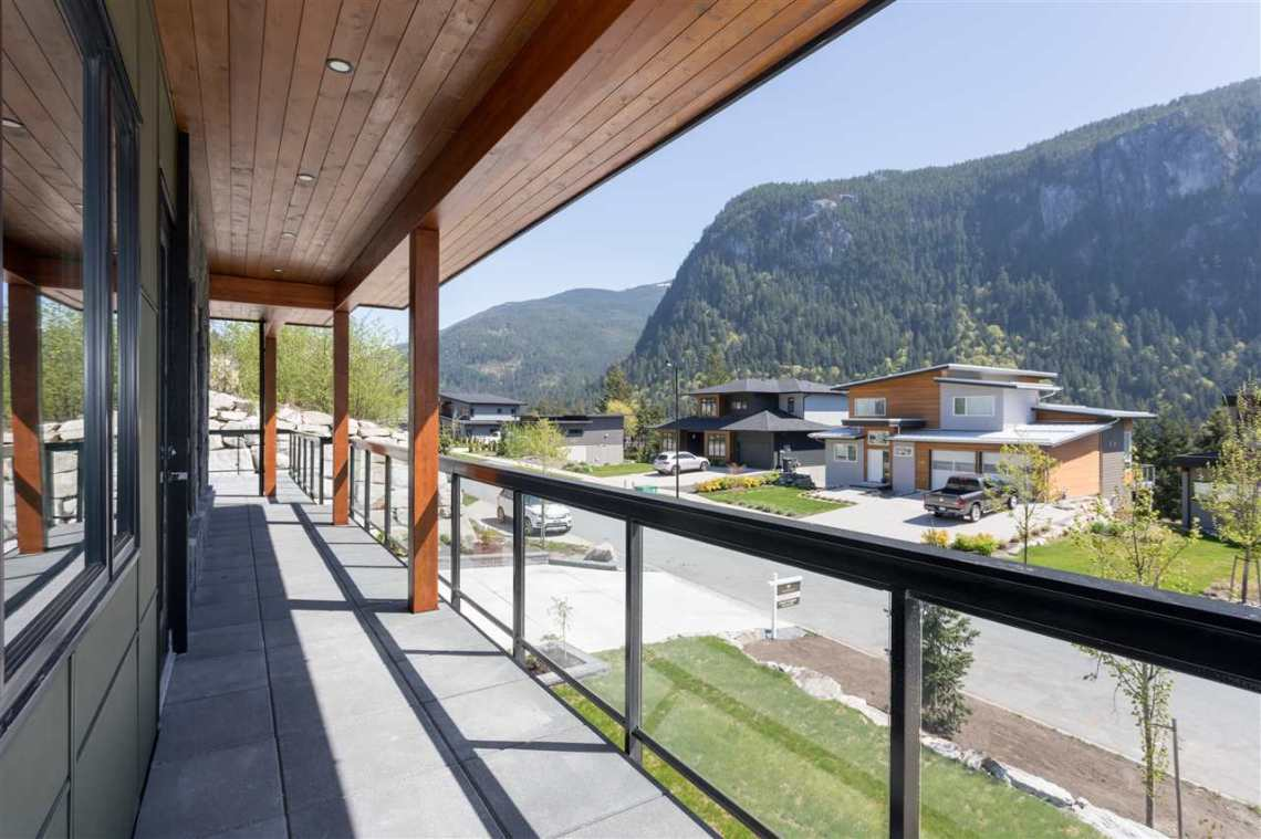 luxury contemporary squamish home for sale 5
