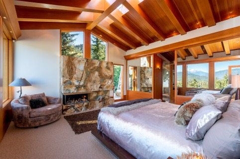 stonecliff falls whistler chalet for sale 10