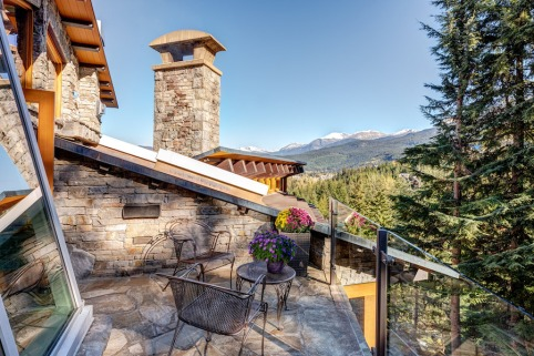 stonecliff falls whistler chalet for sale 11