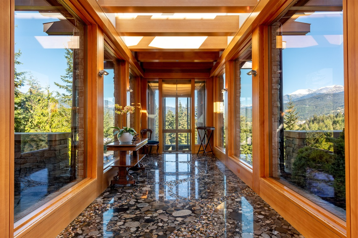 stonecliff falls whistler chalet for sale 3