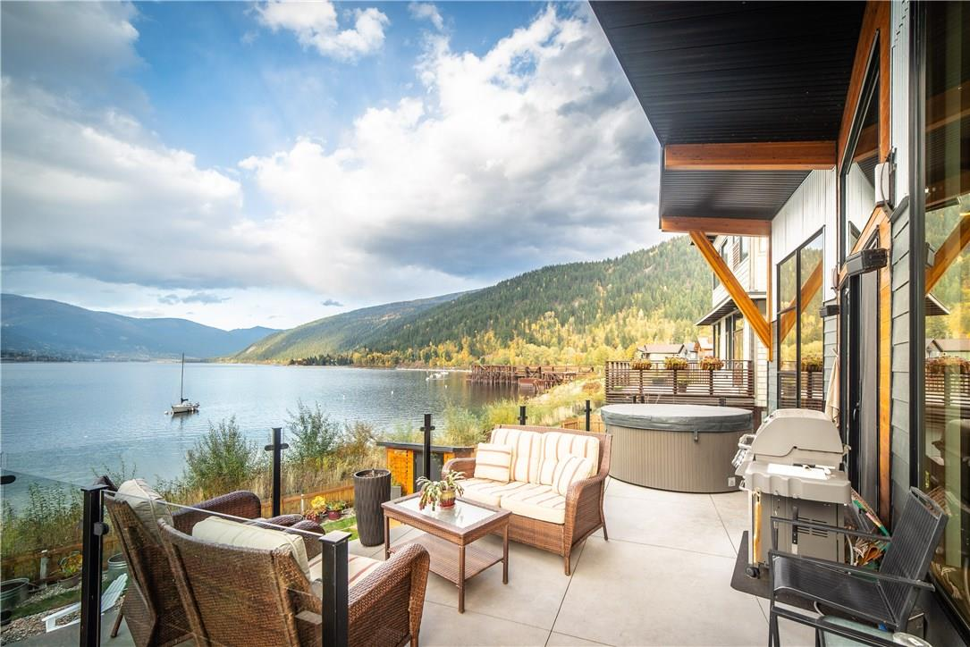 Waterfront Luxury Nelson Bc Home For Sale Luxury Residence