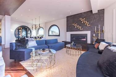 Allure-Elegance Penthouse In Whiterock For Sale 4