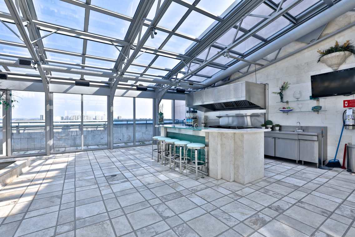 retractable roof condo toronto 12
