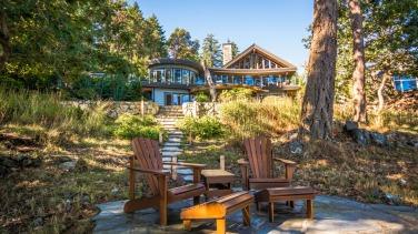 architect michael mcnamara built home in nanoose bay 3
