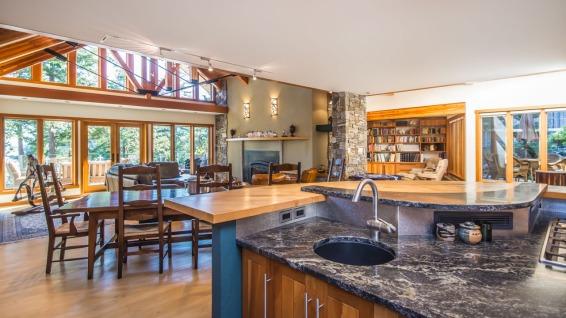 architect michael mcnamara built home in nanoose bay 7