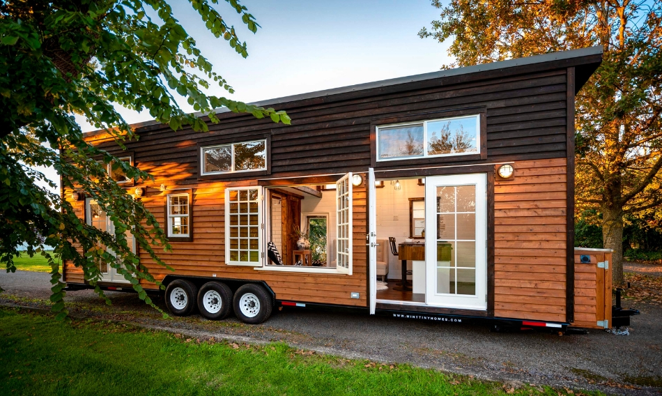 luxury tiny home made in canada mint 15