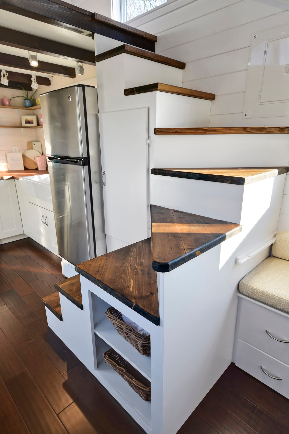 luxury tiny home made in canada mint 6