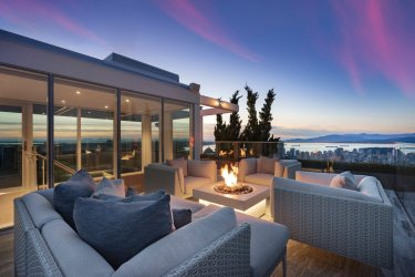 telus garden towers penthouse for sale vancouver 1