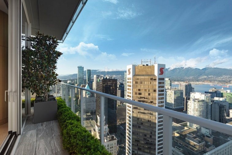 telus garden towers penthouse for sale vancouver 7