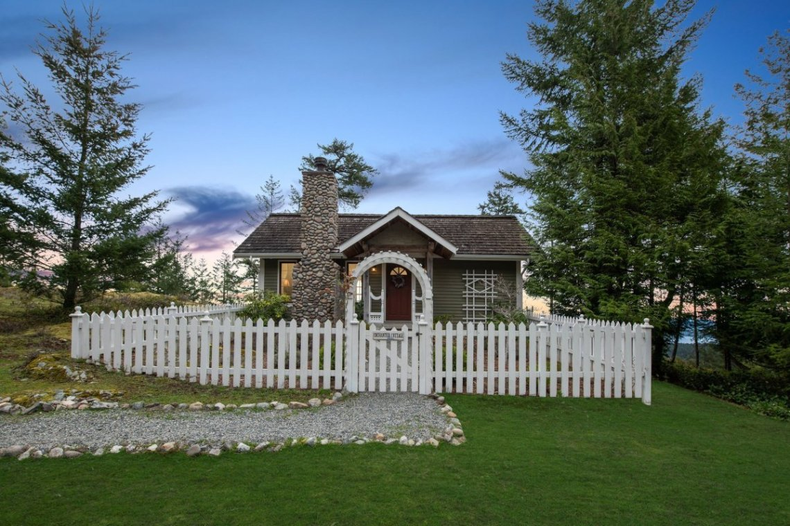 custom home on 34 acres salt spring island 12