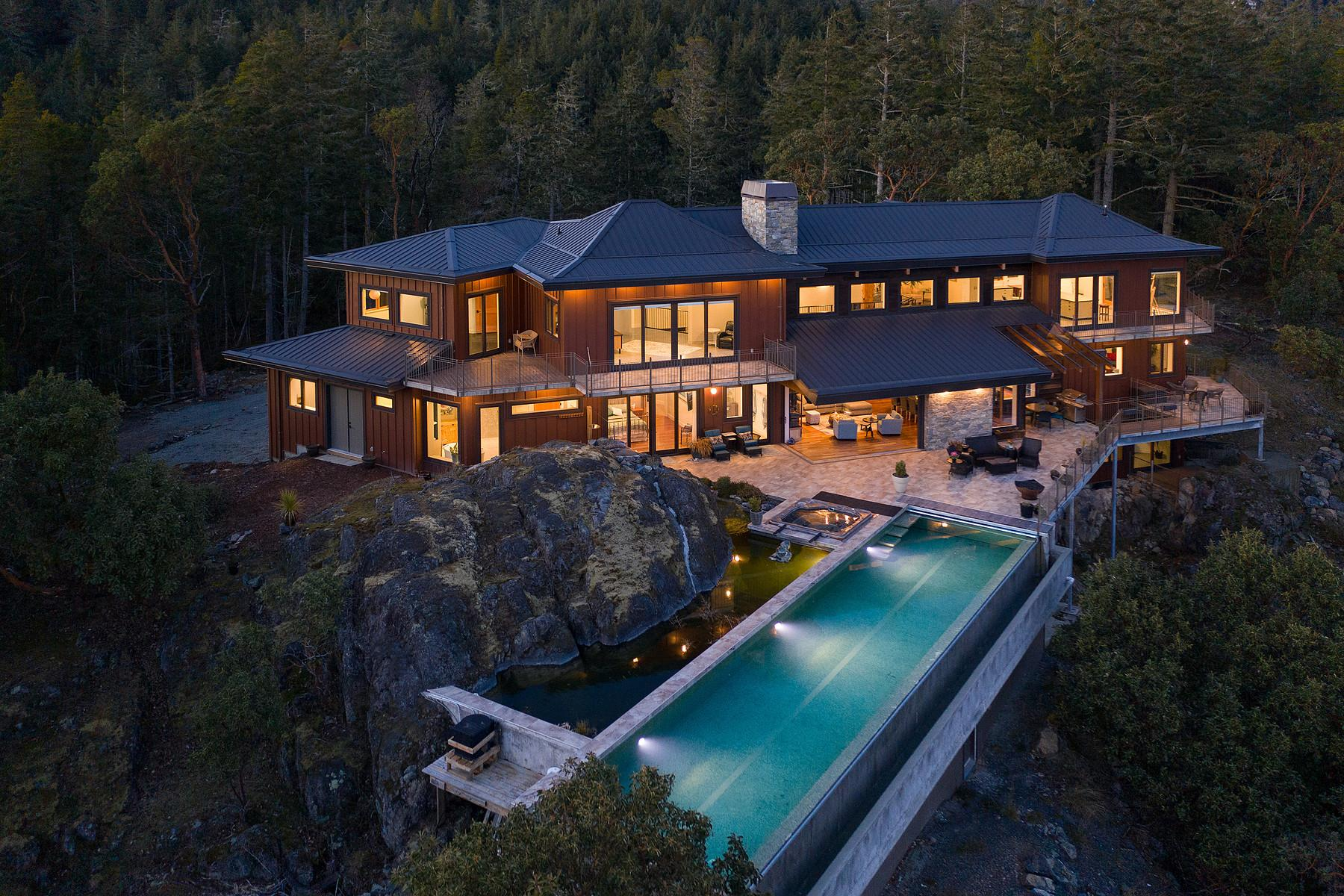If James Bond Were To Live In Canada This Would Be The Place