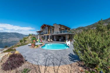 luxury okanagan falls estate 3
