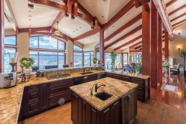 luxury okanagan falls estate 6