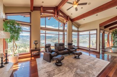 luxury okanagan falls estate 7
