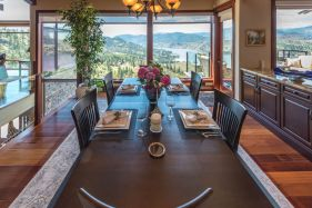 luxury okanagan falls estate 8