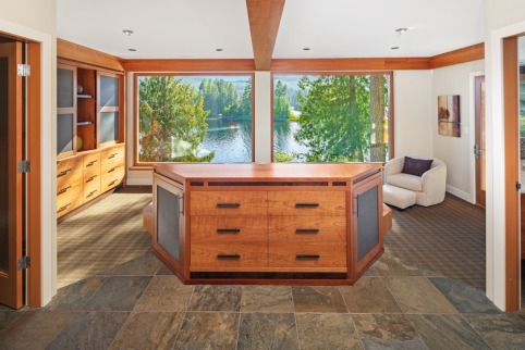 shawnigan lake luxruy home 2