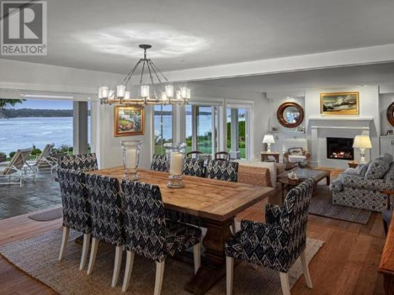 luxury oceanfront campbell river home for sale 3