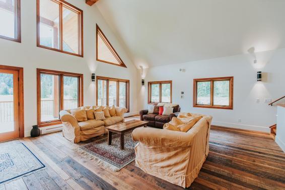 luxury pemberton home farm barn 3