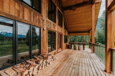 luxury pemberton home farm barn 9
