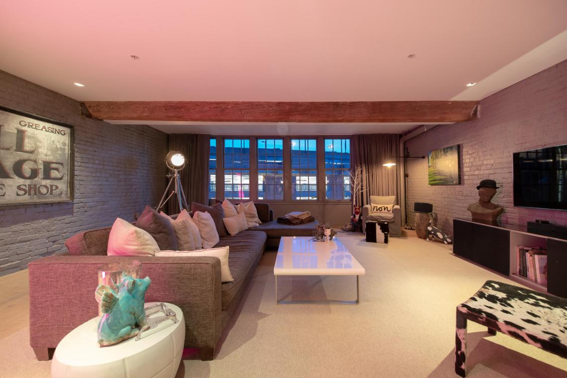 downtown vancouver loft ny style 2